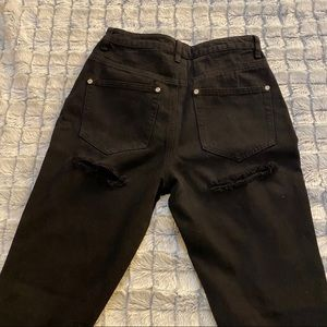 Boohoo Butt Rip Jeans NWOT